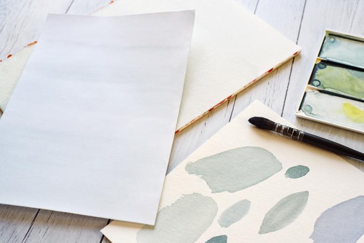 Modèle de faire-part Flocon – Peinture du fond à l'aquarelle